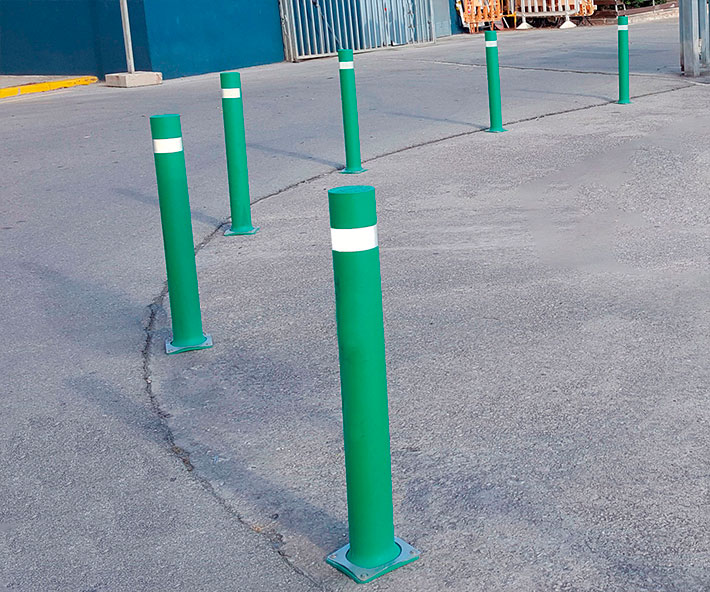 Bollards flexible A-Flex-B installed Masnou port