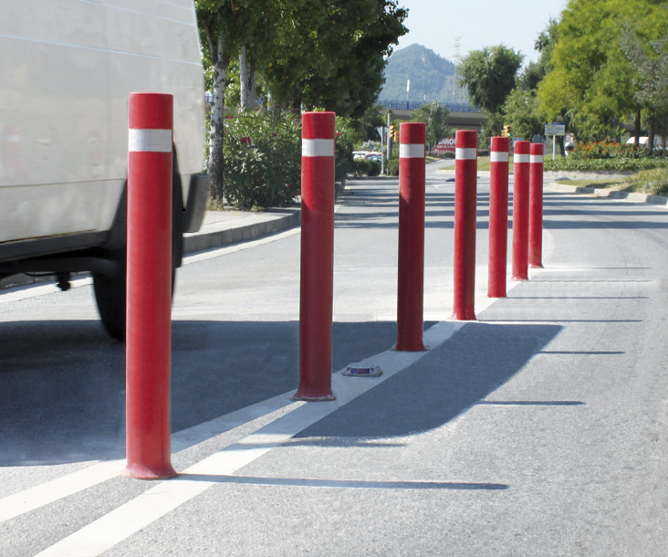 Bollards flexible A-Flex installed demarcate road